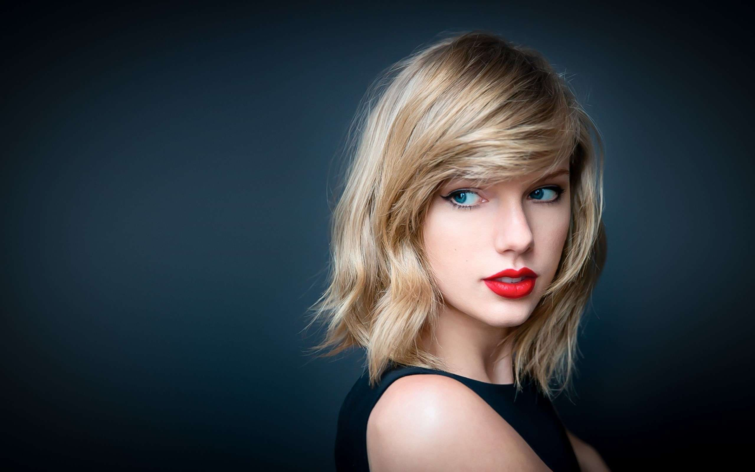 Wallpaper Taylor Swift – Get the Taylor Swift Looks This Season